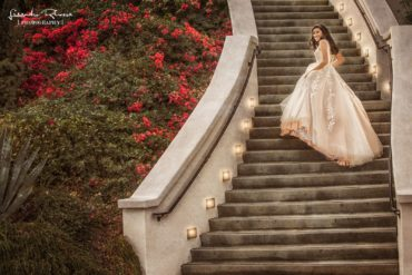 Palm Springs Quinceanera Photographer offering the Best Quinceanera Pictures